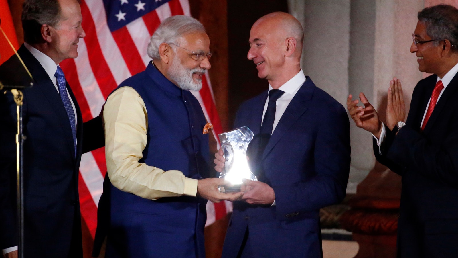 Indian Prime Minister Narendra Modi presenting an award to Amazon CEO Jeff Bezos in Washington on Tuesday. Photo by AP.