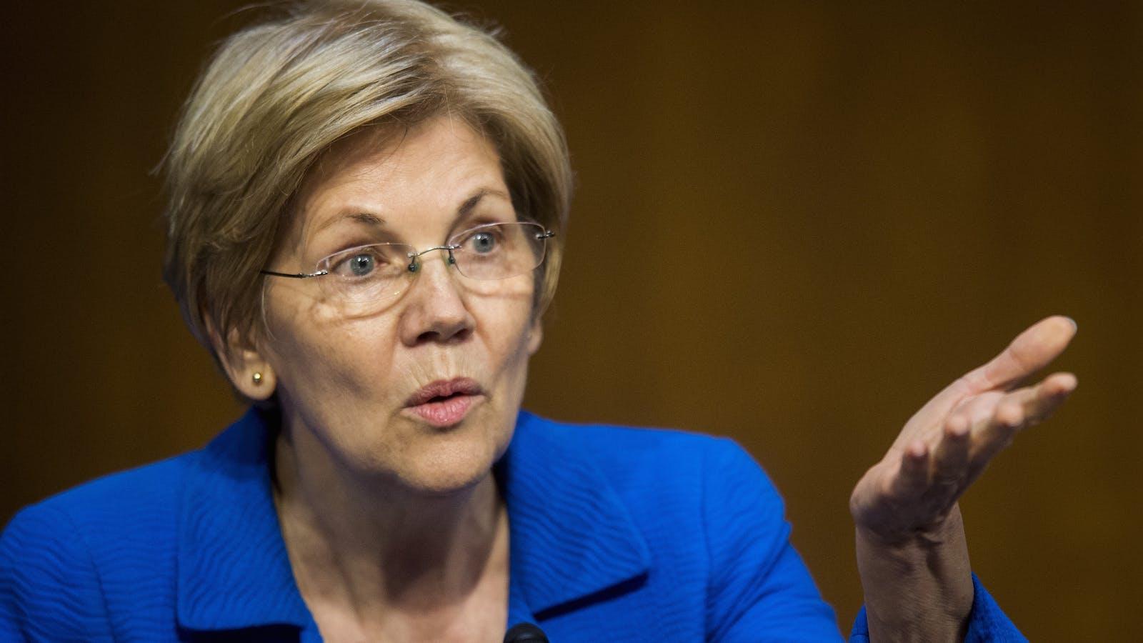 Sen. Elizabeth Warren. Photo by Bloomberg.