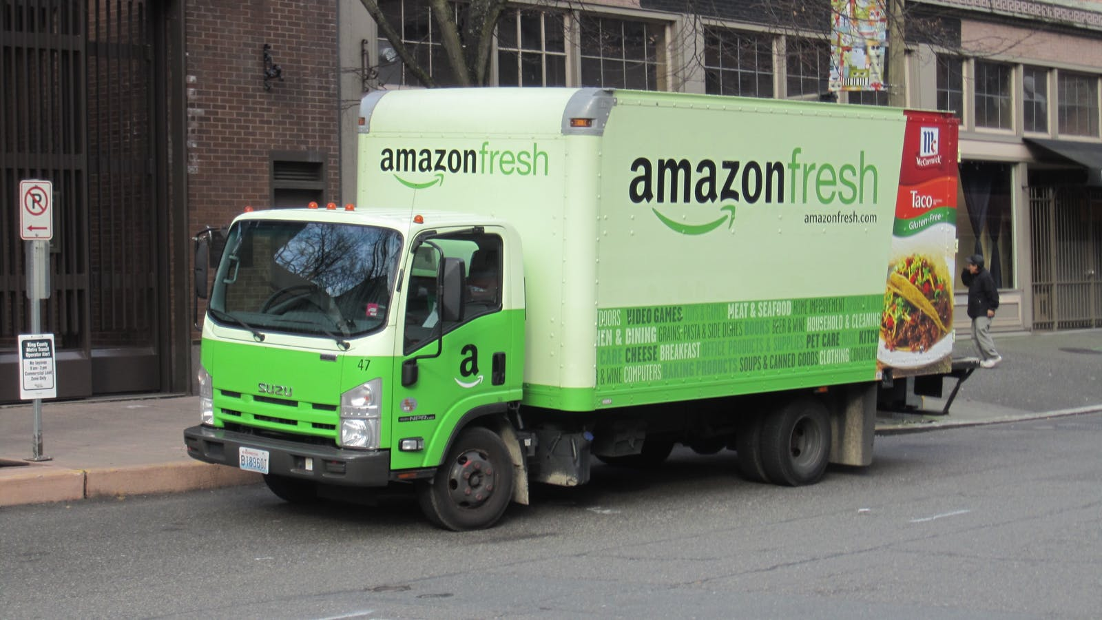 An Amazon delivery truck. Photo by Flickr/SounderBruce.