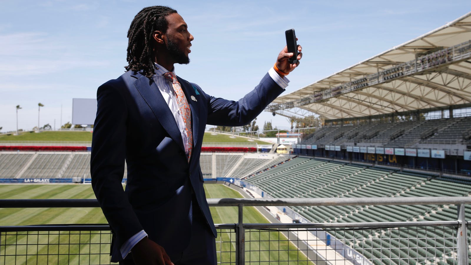 Los Angeles Chargers first-round draft pick Mike Williams records video for Snapchat in April. Photo by AP.