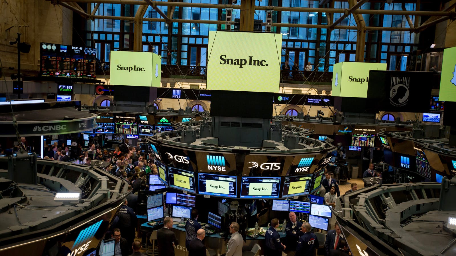 Snap stock signs on the New York Stock Exchange at the time of its IPO in early March. Photo by Bloomberg.