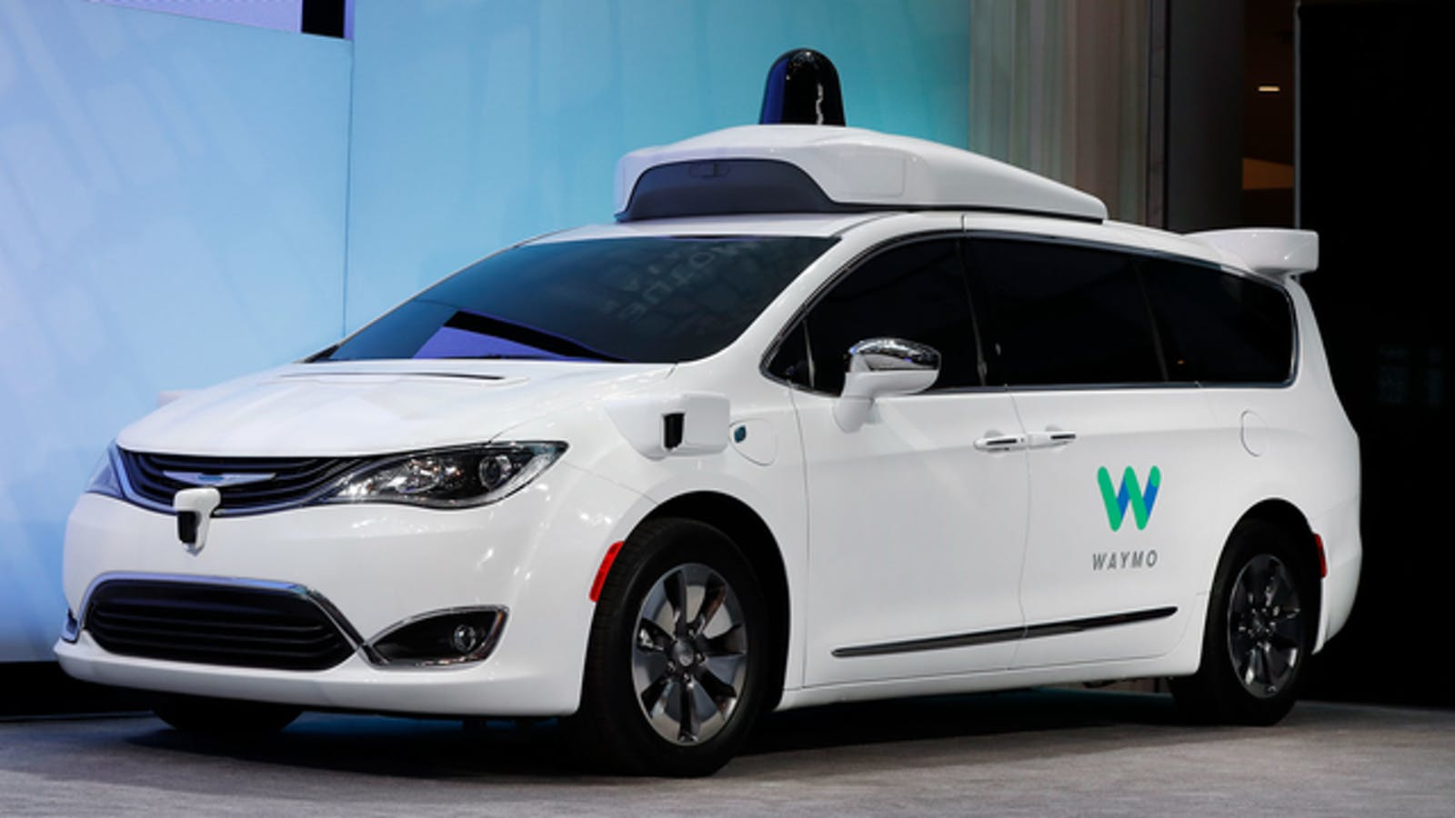 A Chrysler Pacifica hybrid outfitted with Waymo's self-driving technology, displayed at the North American International Auto Show in Detroit. Photo by AP