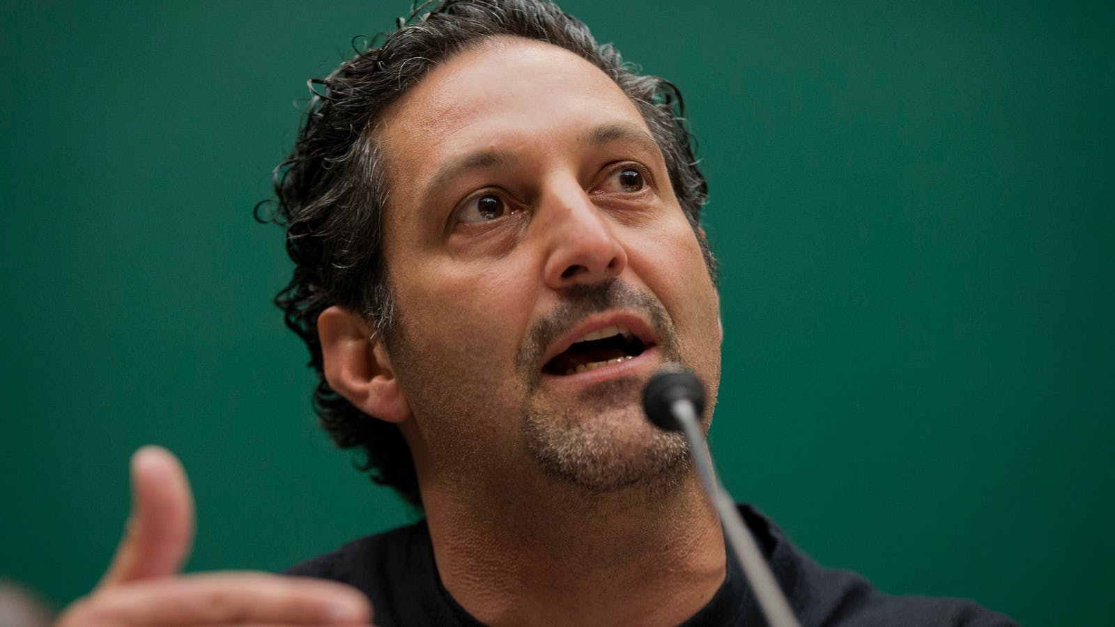 Tenable CEO Amit Yoran testifying on Capitol Hill in April 2016, when he was president of RSA Security. Photo: AP