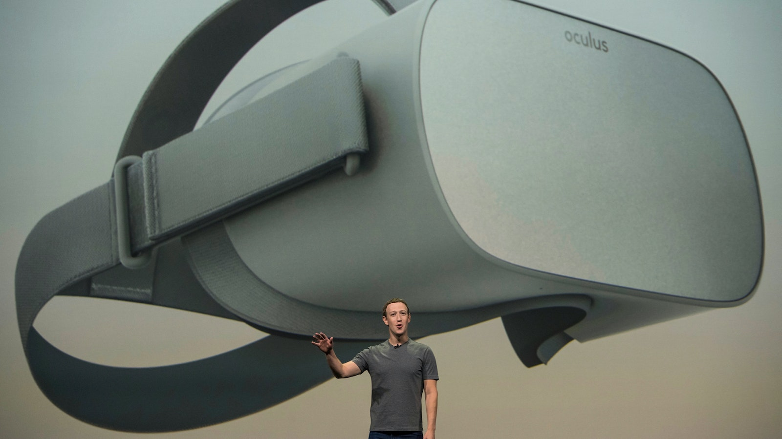 Mark Zuckerberg, CEO of Facebook, speaks at an Oculus event last year. Photo by Bloomberg