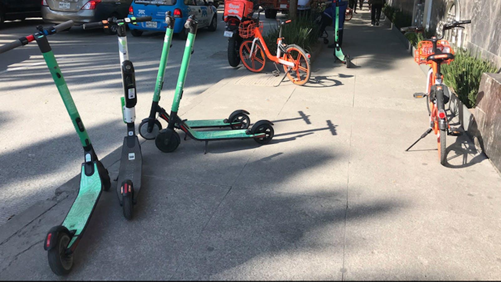 Scooters belonging to Mexico's Grin. Photo: Carlos Felipe Pardo/Flickr