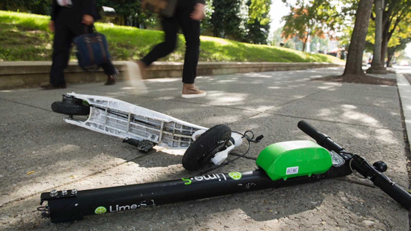 A broken Lime scooter in Washington, D.C., last year. Photo: AP