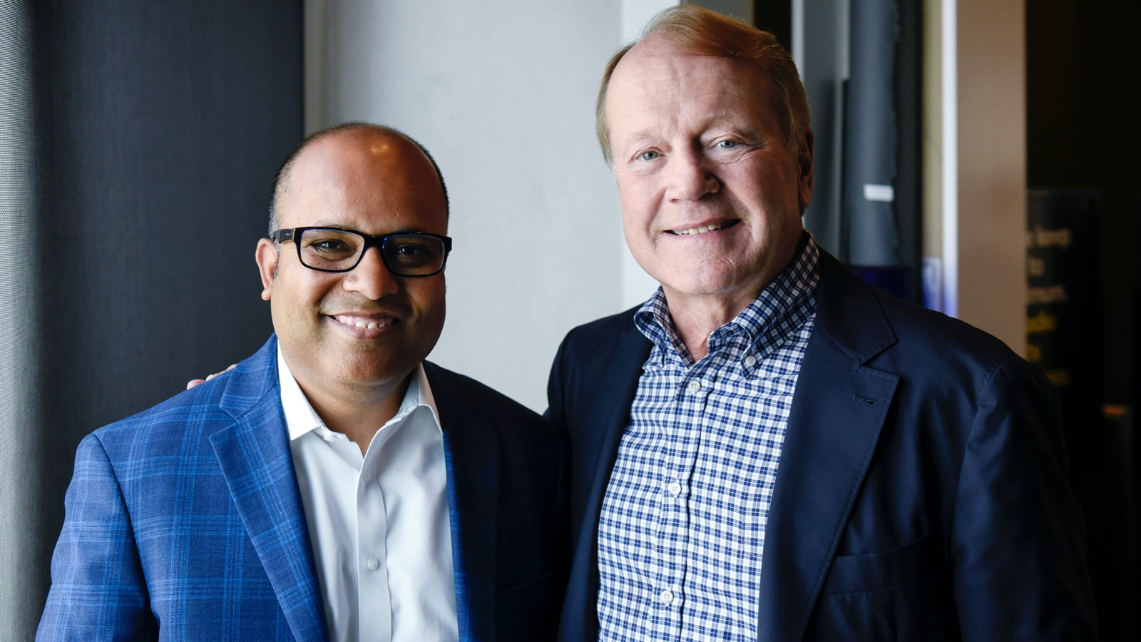 Rubrik CEO Bipul Sinha, left, and Rubrik adviser and former Cisco CEO John Chambers. Photo by Bloomberg