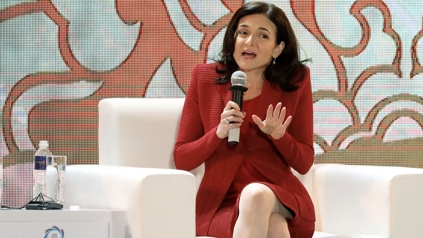 Facebook COO Sheryl Sandberg in Vietnam at a conference in 2017. Photo by Bloomberg