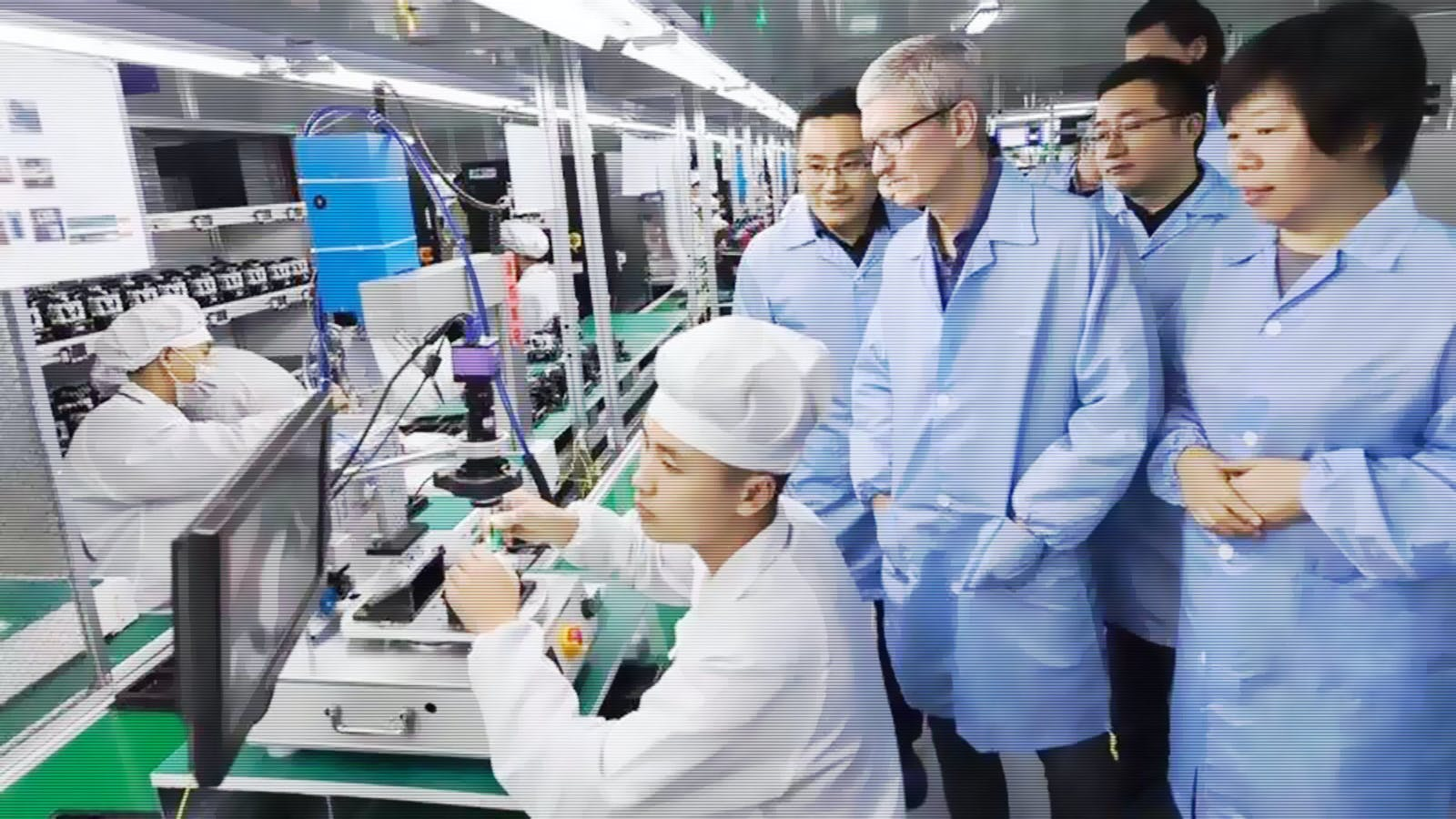 Apple CEO Tim Cook visiting a Luxshare plant in China in 2017. Photo by Luxshare