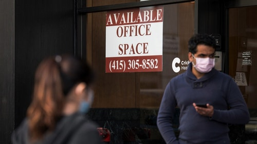 A street in San Francisco May 6. Even as coronavirus restrictions start to loosen, many office workers are likely to keep working from home. Photo: Bloomberg
