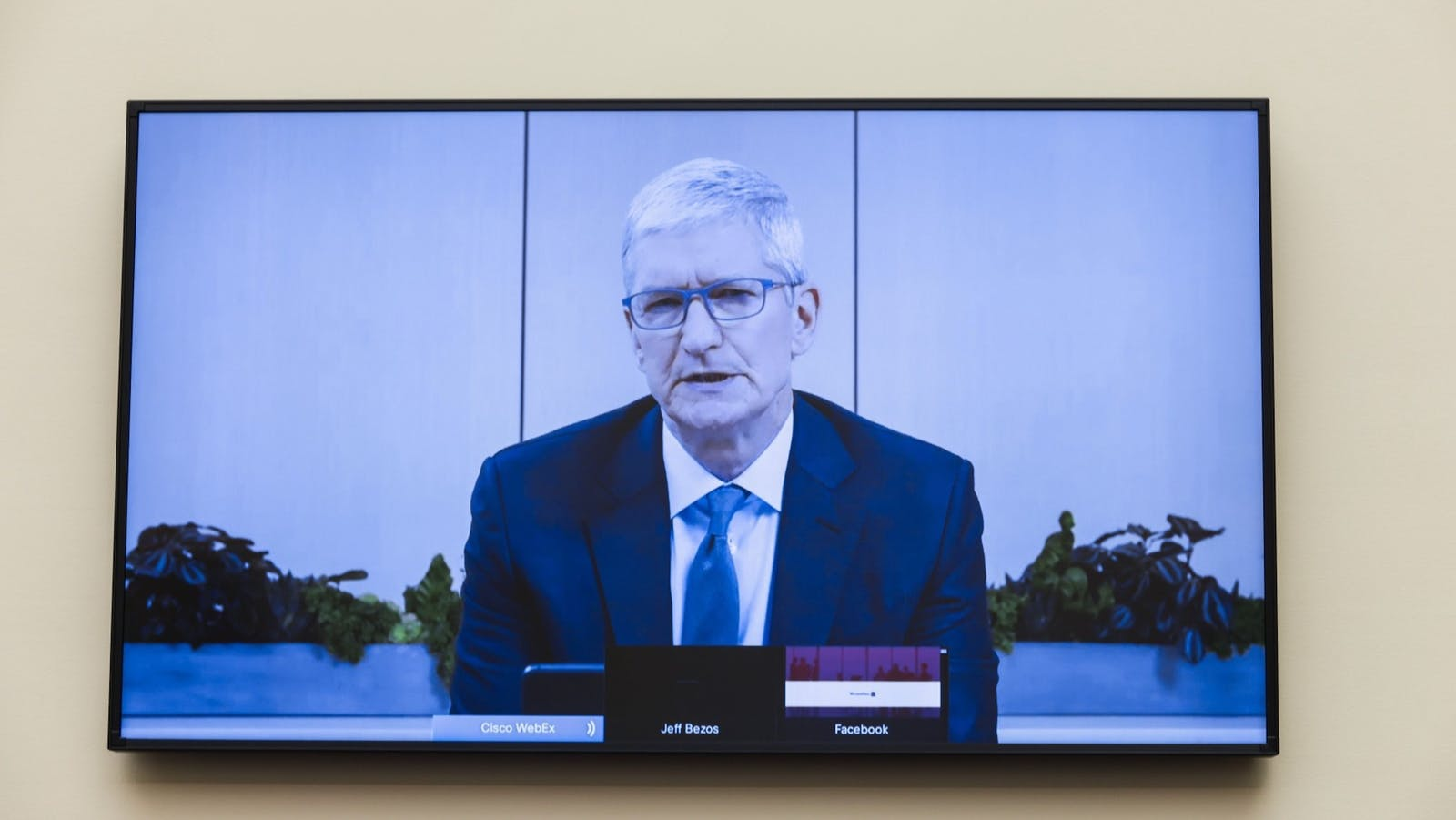 Tim Cook, chief executive officer of Apple Inc., speaks via videoconference during a House Judiciary Subcommittee hearing in Washington, D.C.. Photo: Bloomberg.