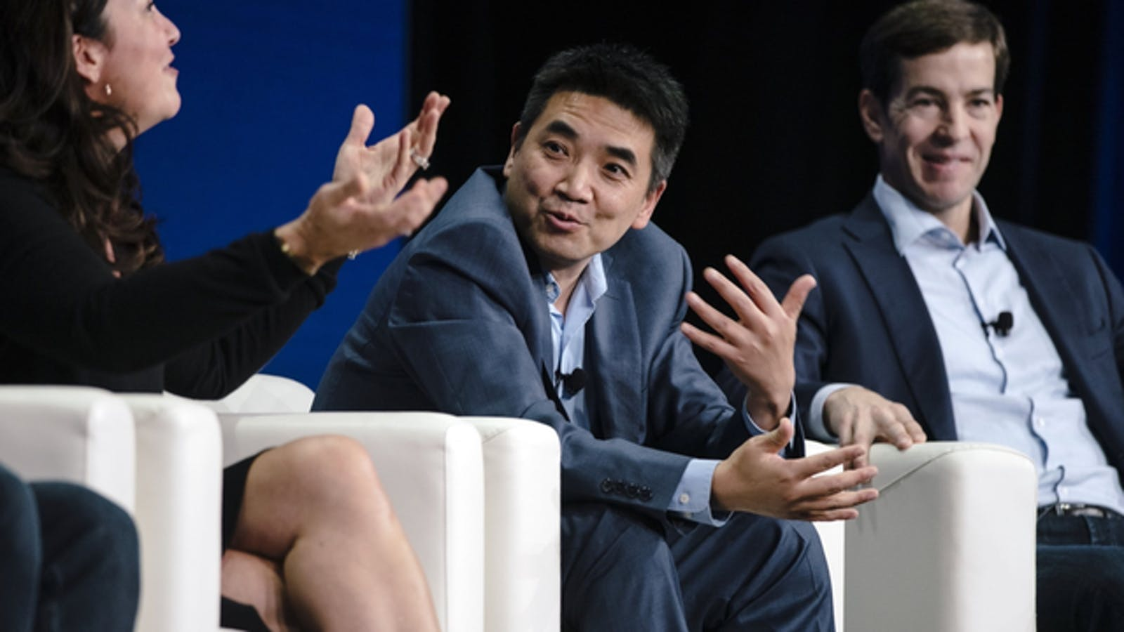 Zoom CEO Eric Yuan, center, at a conference last year. Photo by Bloomberg