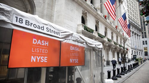 DoorDash signs outside the New York Stock Exchange at the time of its IPO in December. Photo by Bloomberg.