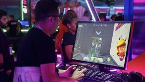A Fortnite player at E3 in 2019. Photo by Bloomberg