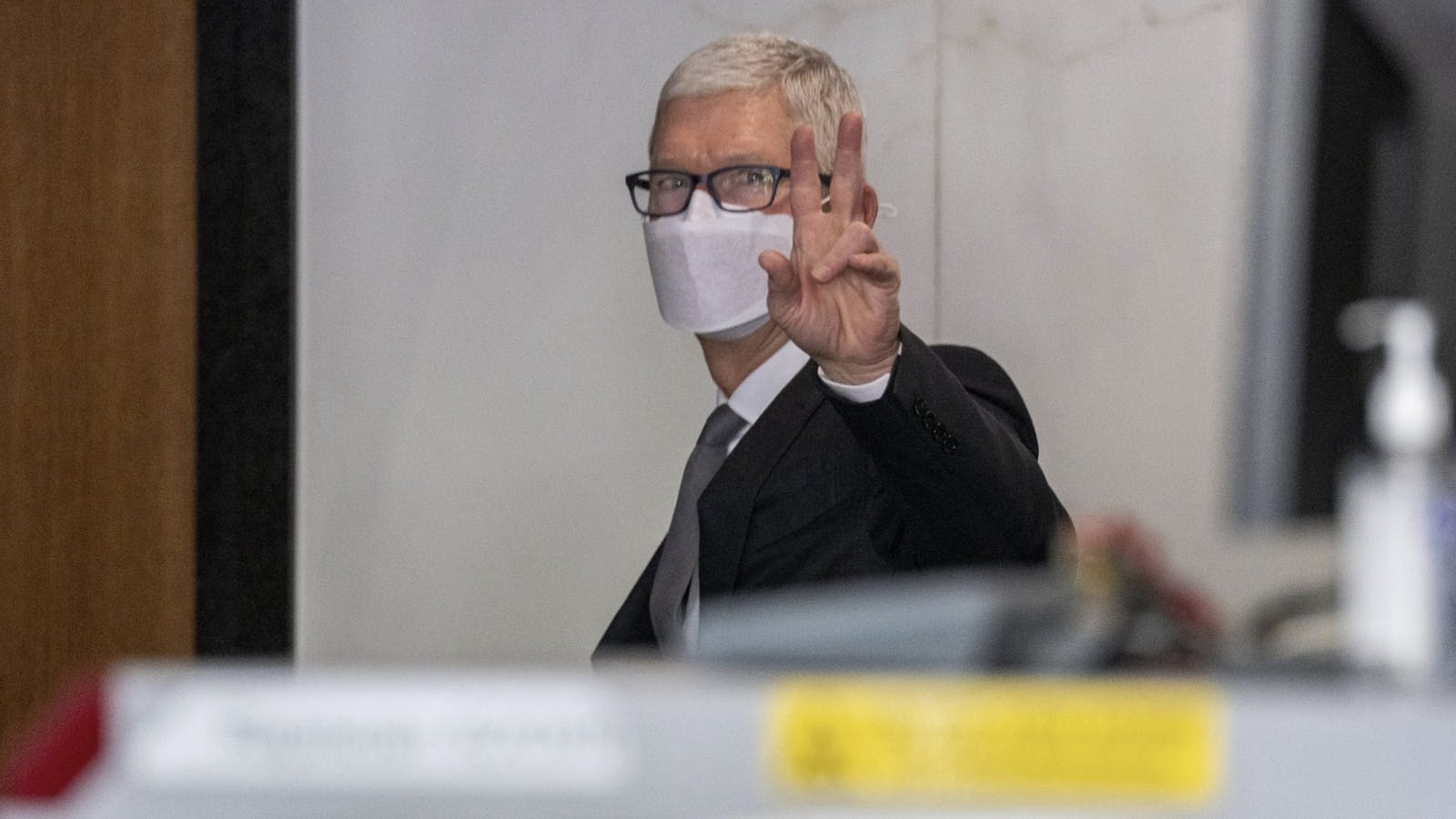 Apple's Tim Cook in the courthouse today. Photo by Bloomberg