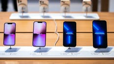 iPhones on display. Photo by Bloomberg